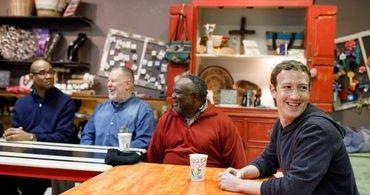 """Mark Zuckerberg visita pastores para aprender sobre """"o papel da igreja"""""""
