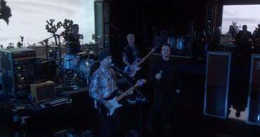 "U2 surpreende ao cantar música ""gospel"" na TV"