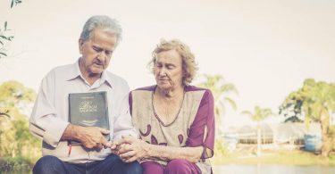 """Com 60 anos de união, casal revela segredo para relacionamento: """"Tudo isso é por Deus"""""""