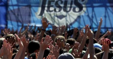 Em meio à crise no Brasil, evangélicos destacam-se como a principal força conservadora
