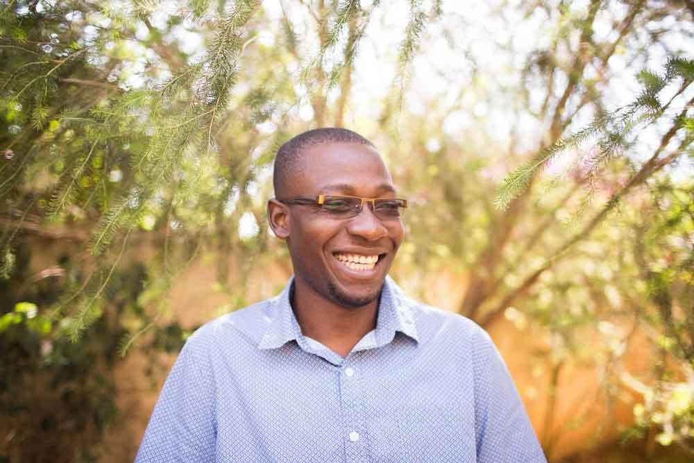 O pastor Peter Ssewakiryanga é fundador da organização Kyampisi Childcare Ministries. (Foto: Sakina Mission)