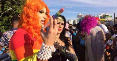 Bancada Evangélica protesta contra apoio do poder público à 'cultura LGBT'