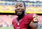 """Atleta mais bem pago da NFL envia dinheiro às igrejas: """"Deus me abençoou para abençoar"""""""