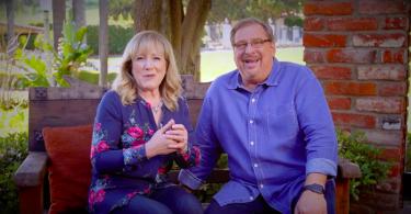Um casamento saudável é o recurso mais valioso no ministério, diz esposa de Rick Warren