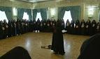 Bruxas apoiam presidente da Rússia com rituais e feitiços em cerimônia pública